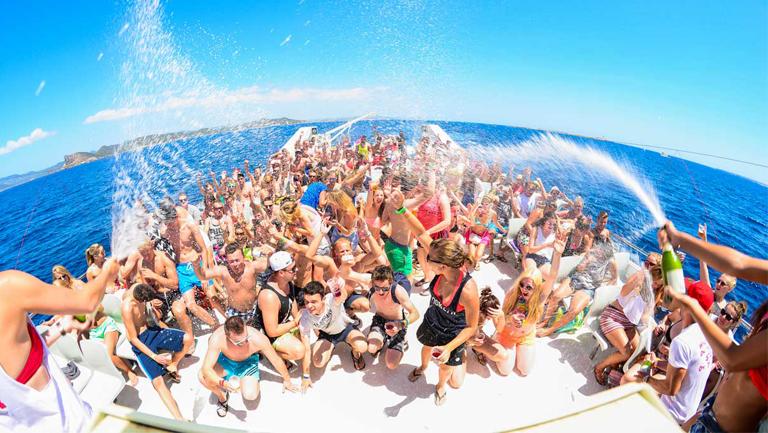 despedida de soltera malaga en barco